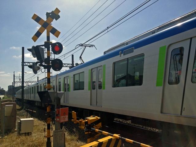 踏切と電車